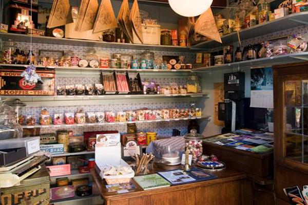 kleinste snoepwinkeltje van nederland bram en aagie graft